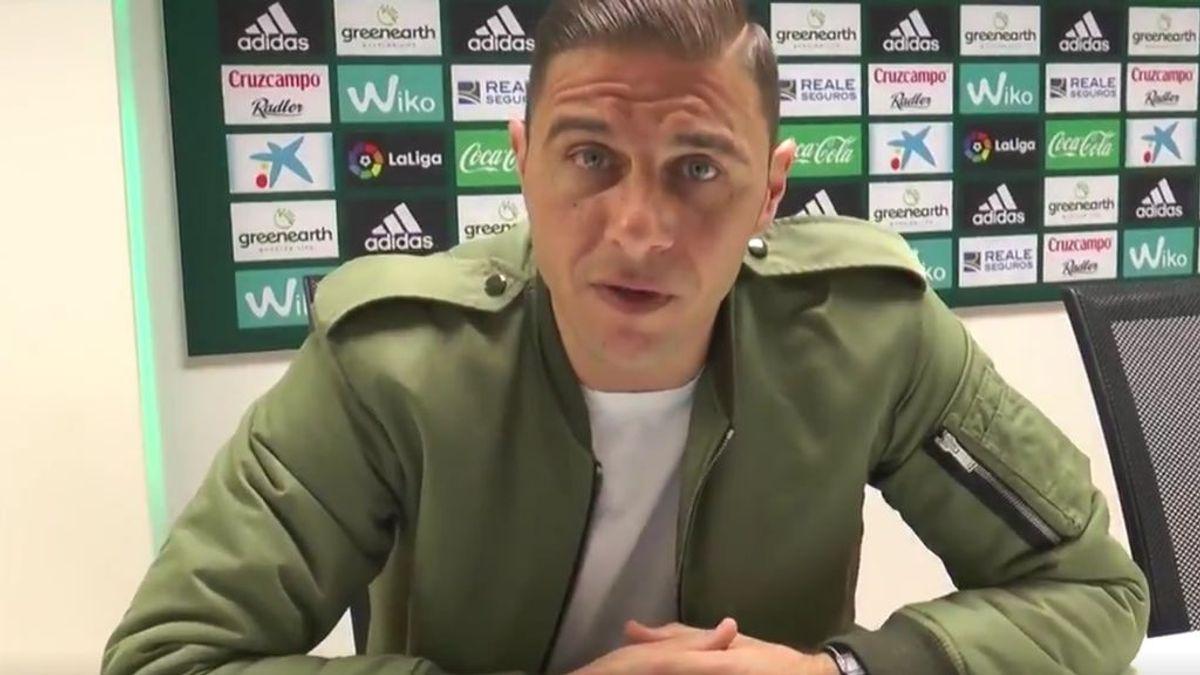 Joaquín se pone serio y despide al Community Manager del Betis tras vacilarle en las redes