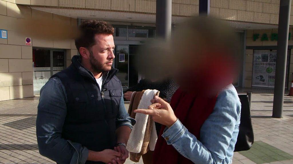 """La hija de una funcionaria, contra el reportero: """"¿Estás diciendo que mi madre no trabaja?"""""""
