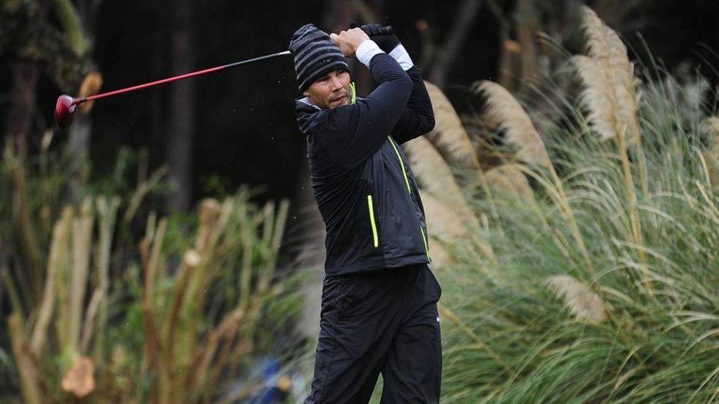 Rafa Nadal se apunta a un campeonato de golf y... termina quinto