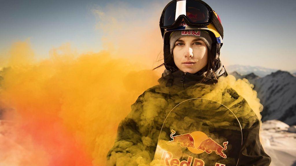 Superó el suicidio de su novio y vuelve a la cumbre: Castellet, la snowboarder que puede dar una medalla a España
