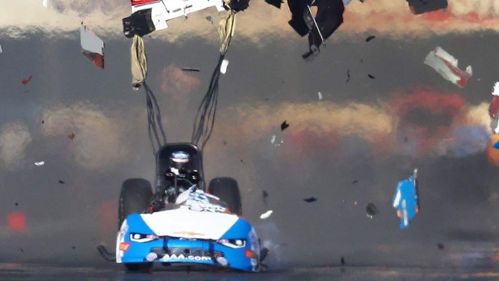 Se queda sin coche en plena carrera de aceleración en California