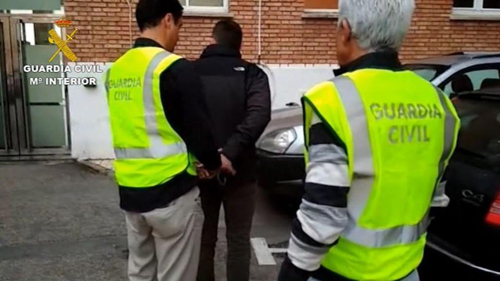 Detenido un profesor en Málaga por abusar de una alumna