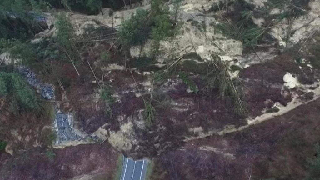 La montaña derrumbada en Vizcaya no para de moverse
