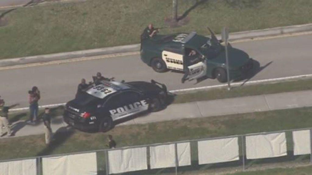 Varios muertos y más de veinte heridos en un tiroteo en un instituto de Florida