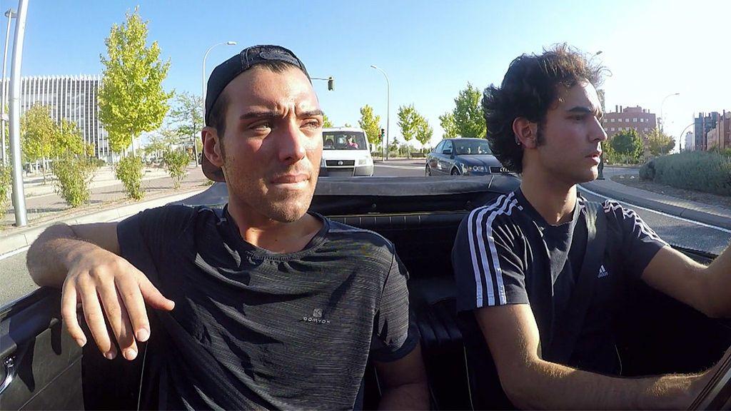 Javi conoce el extrarradio de Madrid en un accidentado viaje en coche
