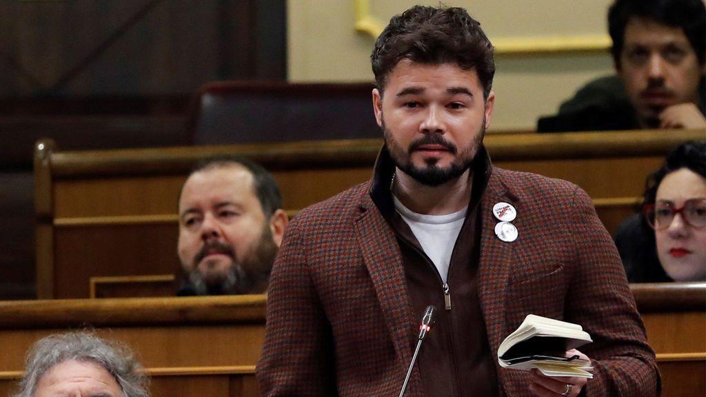 Rufián acusa a Rajoy de recuperar la educación franquista