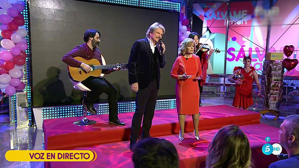 Teresa Campos y Edmundo Arrocet nos presentan en directo en 'Sálvame' su segundo sencillo