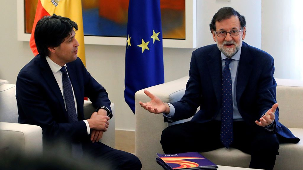 El Gobierno quiere incluir el castellano en los colegios catalanes al amparo del 155