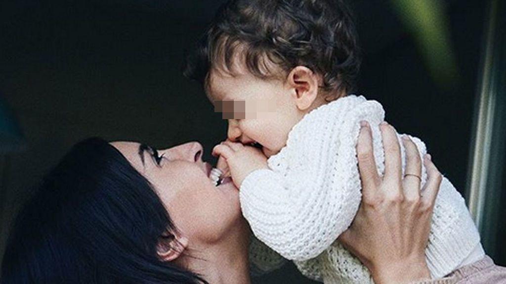 """El hijo de Noelia López cumple un año: """"Deseo que se pare el tiempo, desde que llegaste pasa demasiado deprisa"""""""
