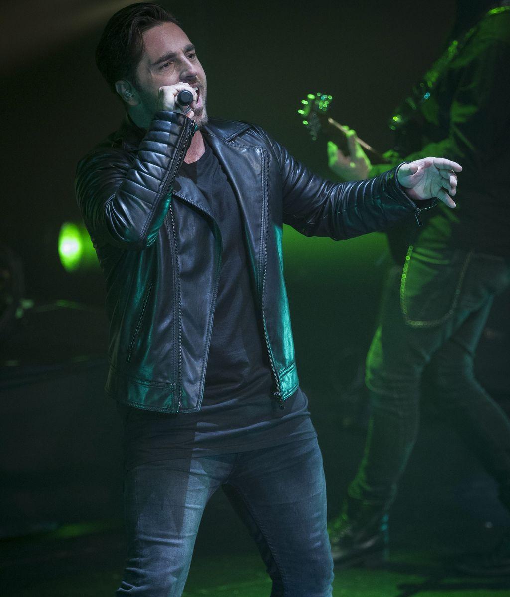 El_cantante_cantabro_Davi_3