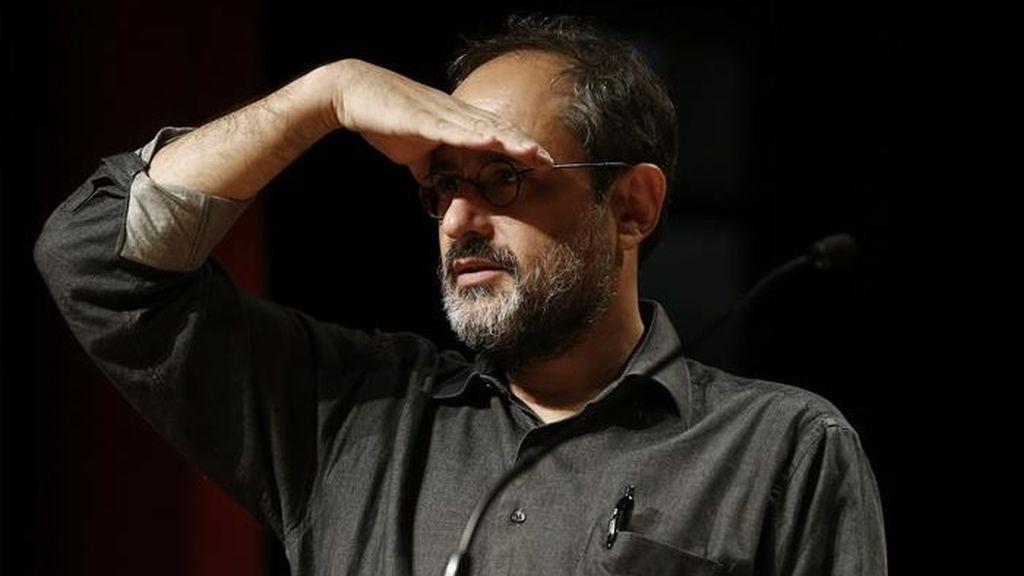 El exportavoz de la CUP, Antonio Baños, se ríe del acento andaluz en Twitter