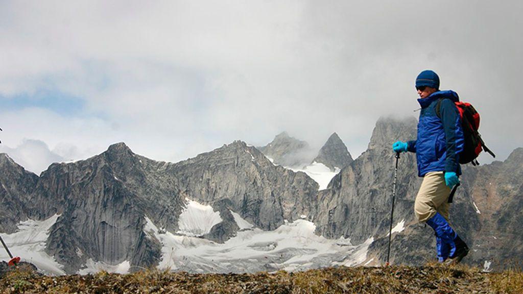 Prendas y artilugios tecnológicos que pueden salvarte la vida en la montaña