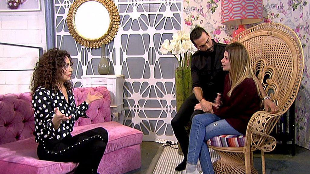 """María Lapiedra se rompe al hablar de su marido: """"Mark y yo nos insultamos cada día"""""""