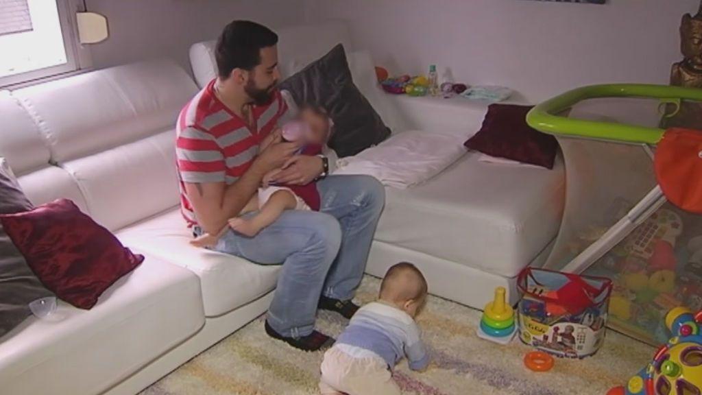 Euskadi equipara las bajas de paternidad y maternidad de sus funcionarios
