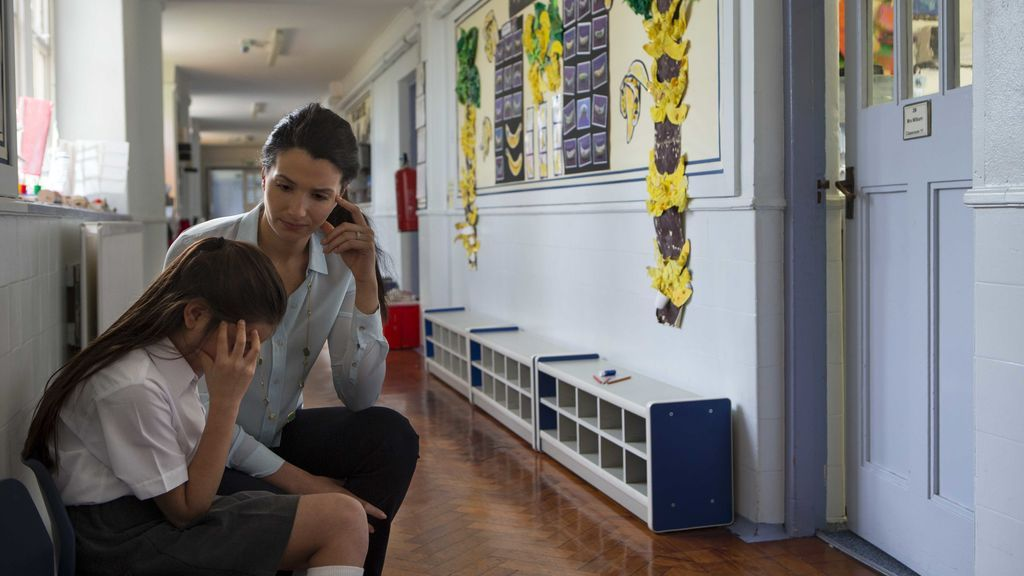 """""""Mirad cómo es el bullying de discreto, pillo, cabronazo y difícil de detectar"""": el relato de una madre que descubre que su hija hace bullying"""