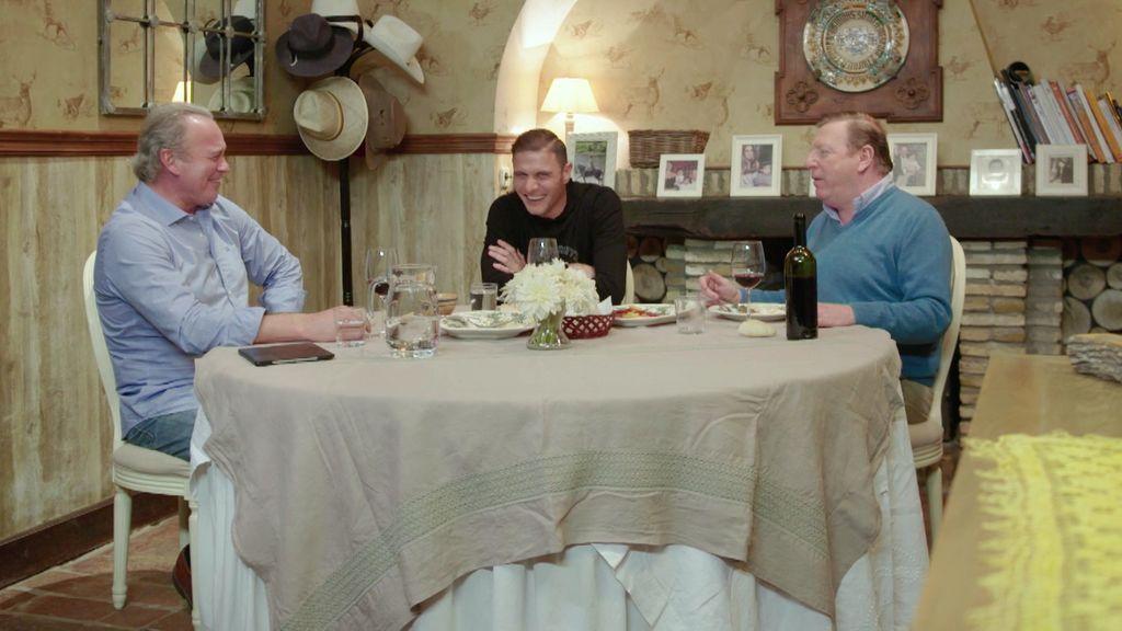 ¡No lo pueden evitar! Joaquín, Bertín y César hablan de gases durante la comida