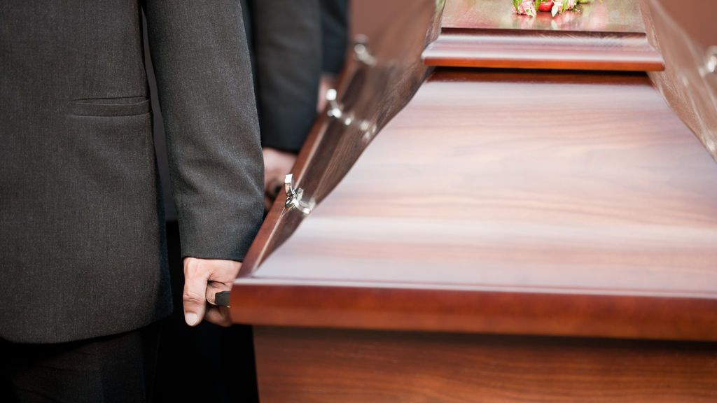 Cuando creyó que su hija  había sido enterrada viva, ya era demasiado tarde
