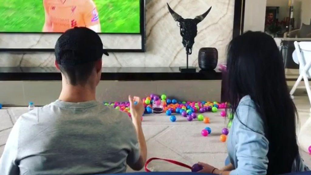 """Cristiano y su competitividad con Georgina en el hipnótico juego de moda: """"¡Vamos!"""""""