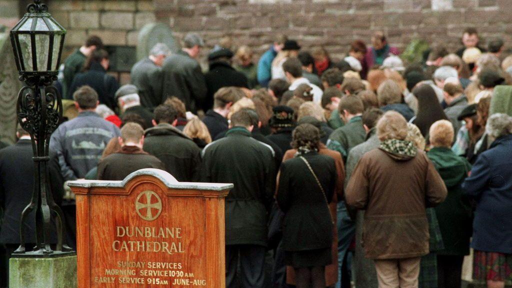Funeral en la Catedral de Dunblane en 1996