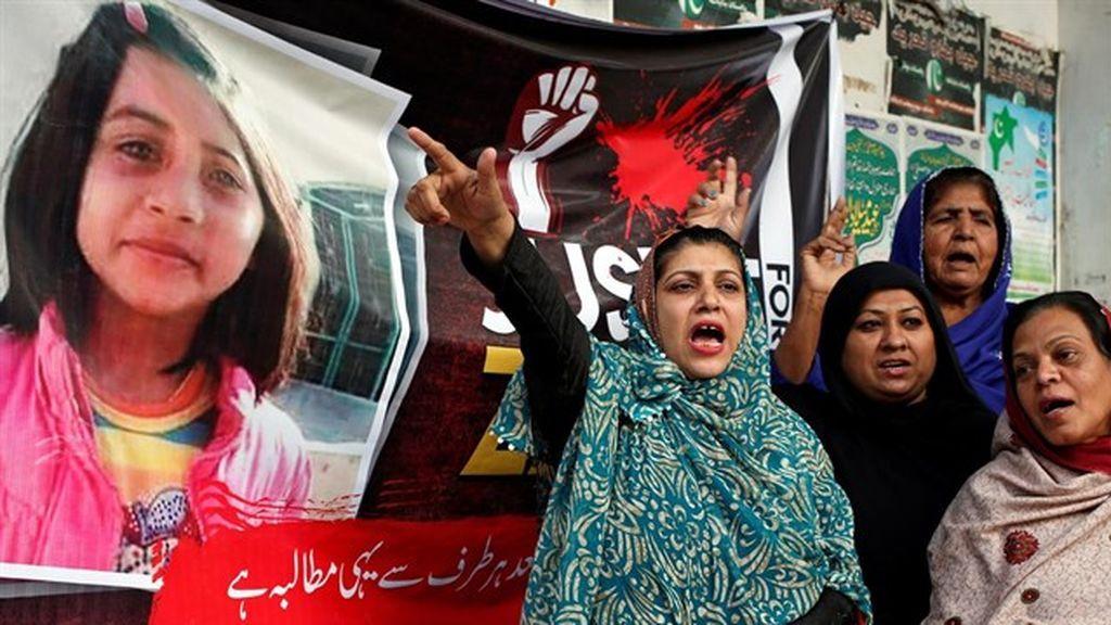 Condenado a muerte un asesino en serie que violó y asesinó a ocho niñas en Pakistán