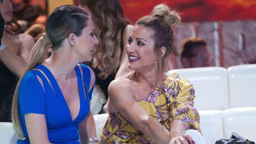"""Nagore Robles y Sandra Barneda celebran su aniversario con un romántico beso: """"Mi mundo, mi vida"""""""
