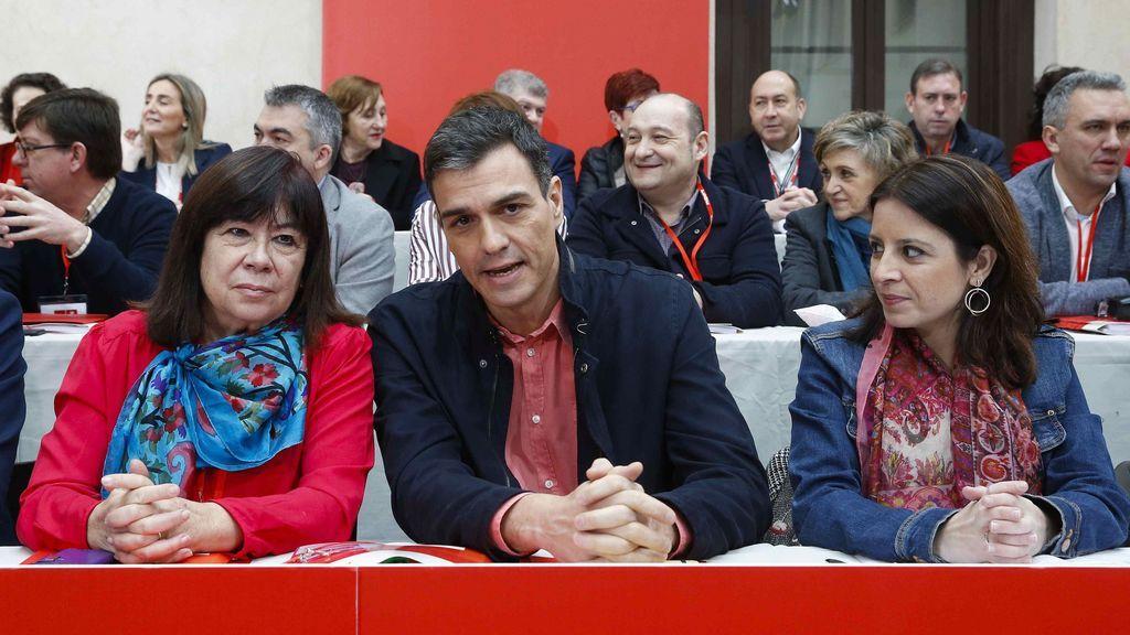 Pedro Sánchez llama a los cuadros del PSOE a secundar los paros feministas del 8 de marzo