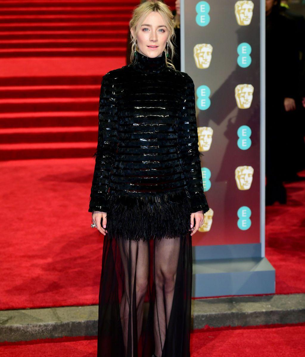 Saoirse Ronan en la alfombra roja de los BAFTA