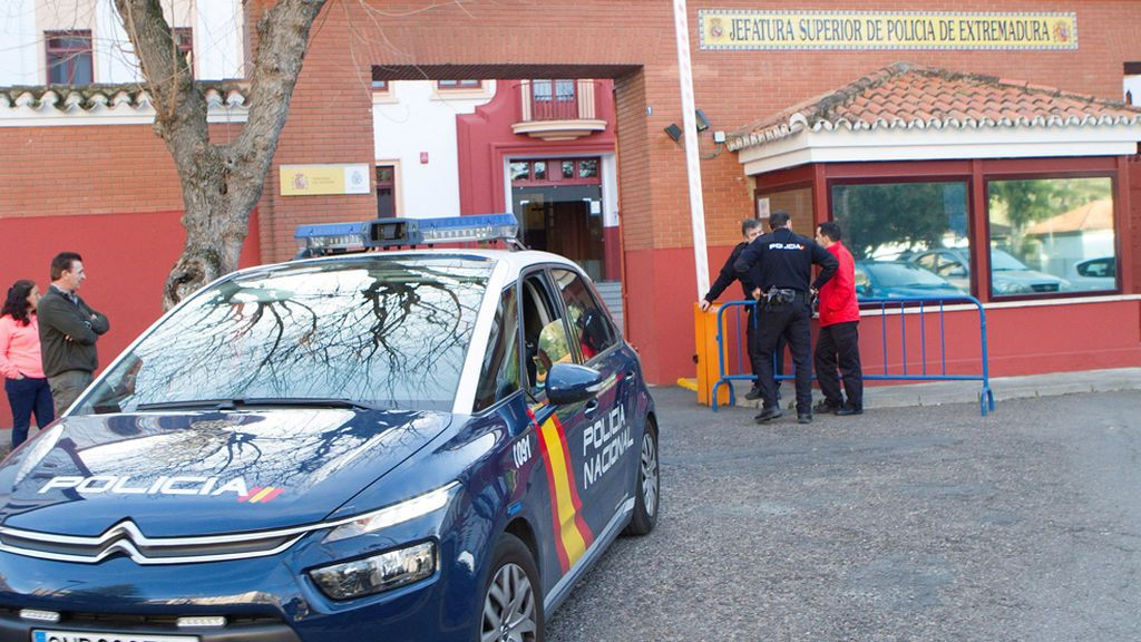 Veintiocho detenidos por la trama de apuestas amañadas que lideraban dos exfutbolistas