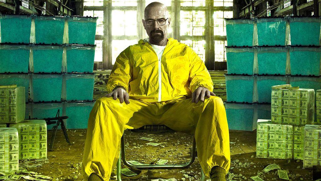 Walter White, protagonista de 'Breaking bad', causante del virus que desata el apocalipsis zombi en 'The walking dead'.