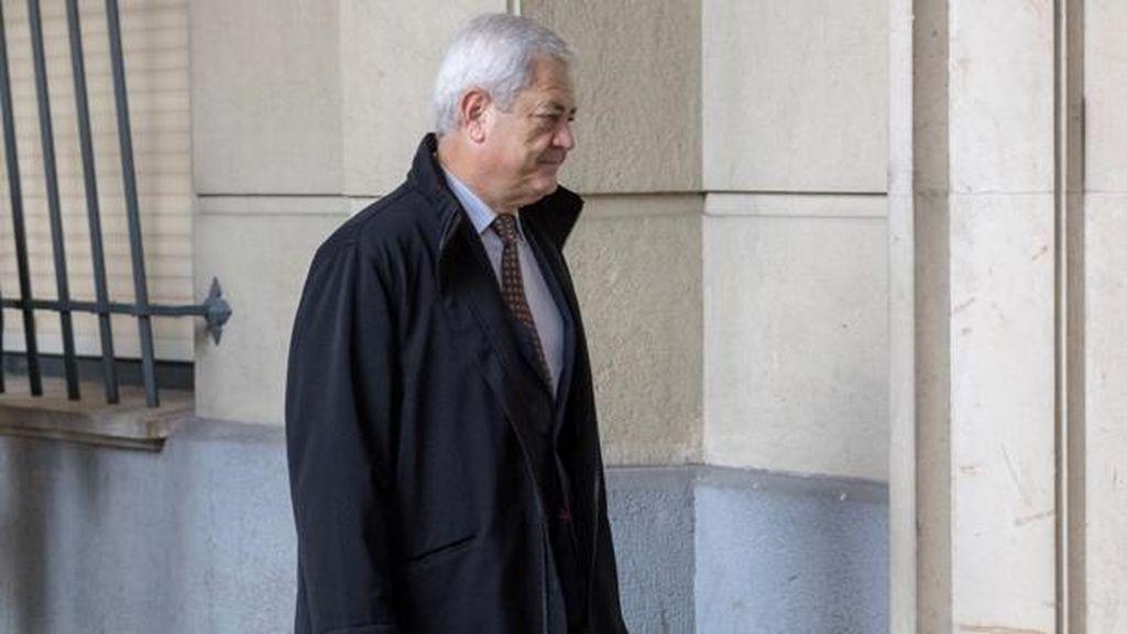 Suspendido de forma temporal el juicio de los ERE por una operación de urgencia del exconsejero Vallejo