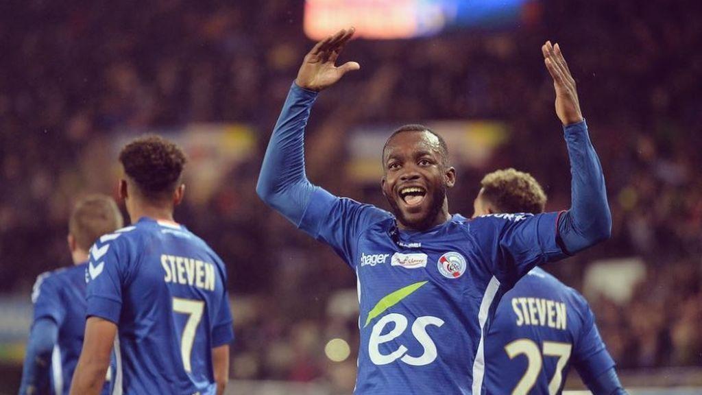 El jugador francés que triunfa con su foto de perfil junto a un Neymar arrodillado ante él
