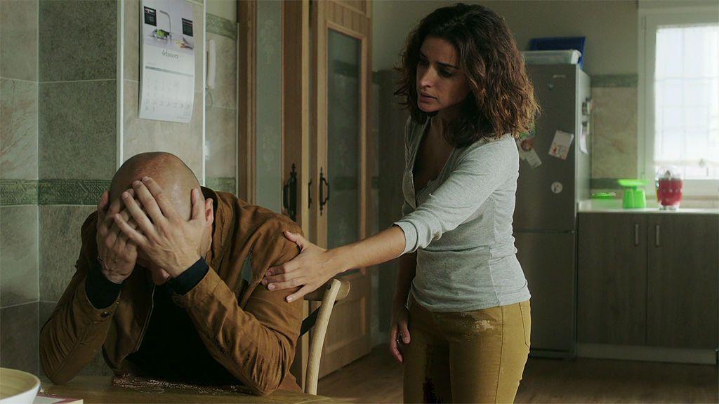 """Juan, al enterarse que no volverá a ver a Lucía: """"No te vayas, te lo suplico, no puedo vivir sin ti"""""""