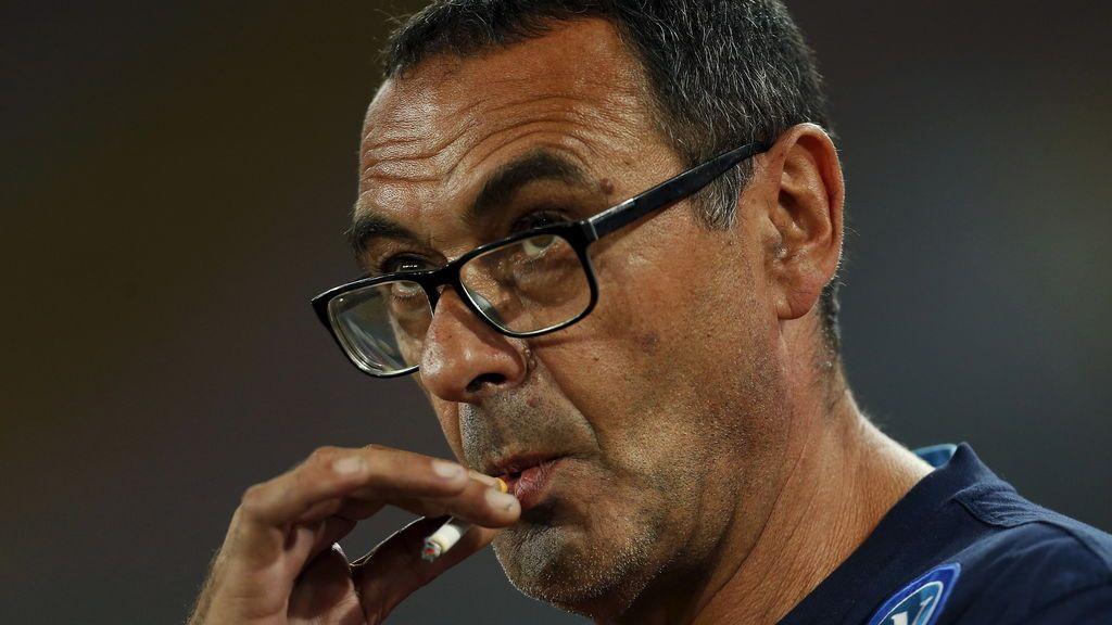 El Leipzig construye una habitación para que Sarri, entrenador del Nápoles... ¡Pueda fumar!