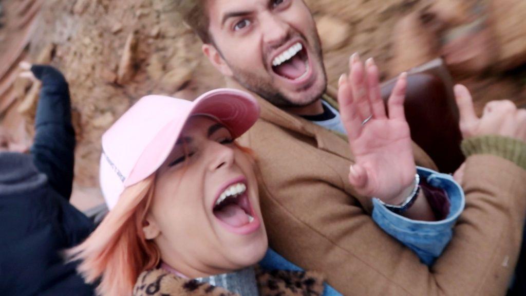 Amor de cuento en Disneylandia: Bea pone colorado a Rodri (1/2)