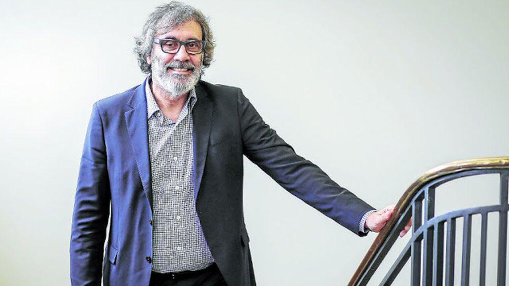 El socio de Roures en Mediapro, Tatxo Benet, compra por 96.000 euros la obra de Santiago Sierra.