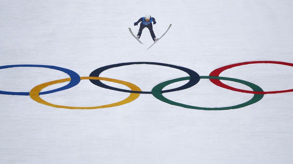 Salto de esquí del francés Maxime Laheurte en las Olimpiadas de invierno de Pyeongchang