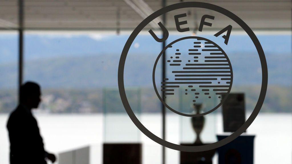 """La UEFA envía sus condolencias a la familia del ertzaina y condena """"rotundamente"""" la violencia"""
