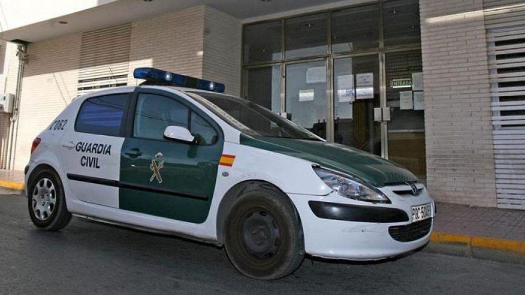 Buscan en Torrevieja a varias personas que robaron a una mujer mientras estaba siendo violada
