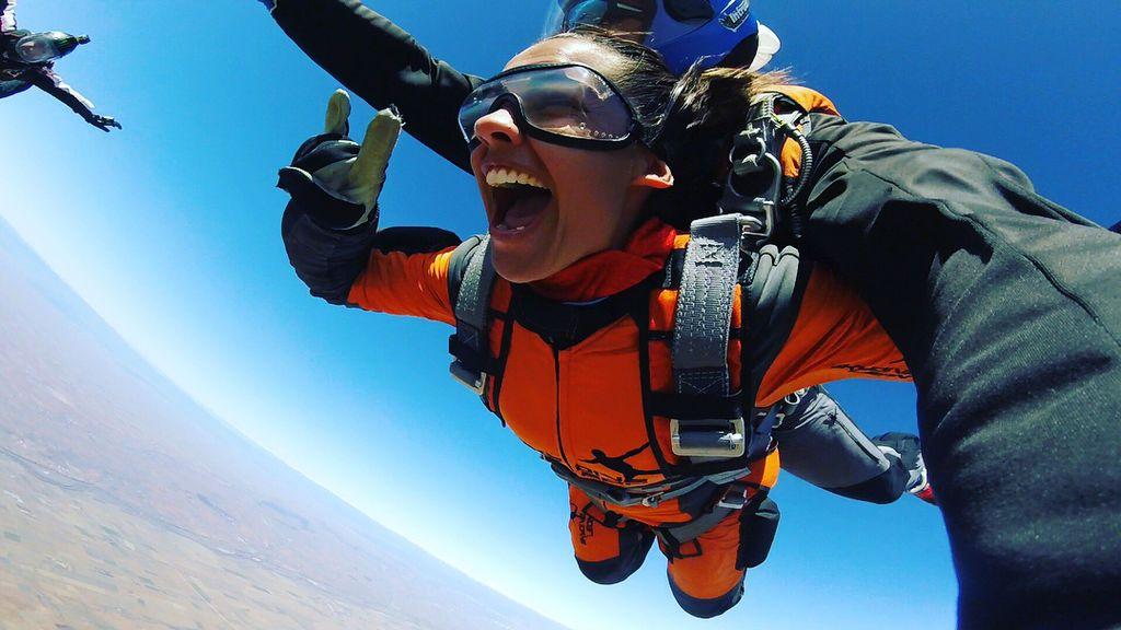 ¡Adrenalina pura! Lara Álvarez entrena para el salto de 'Supervivientes'