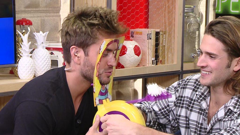 Rodri se atreve con el juego del tartazo en la cara... ¿se lo llevará?