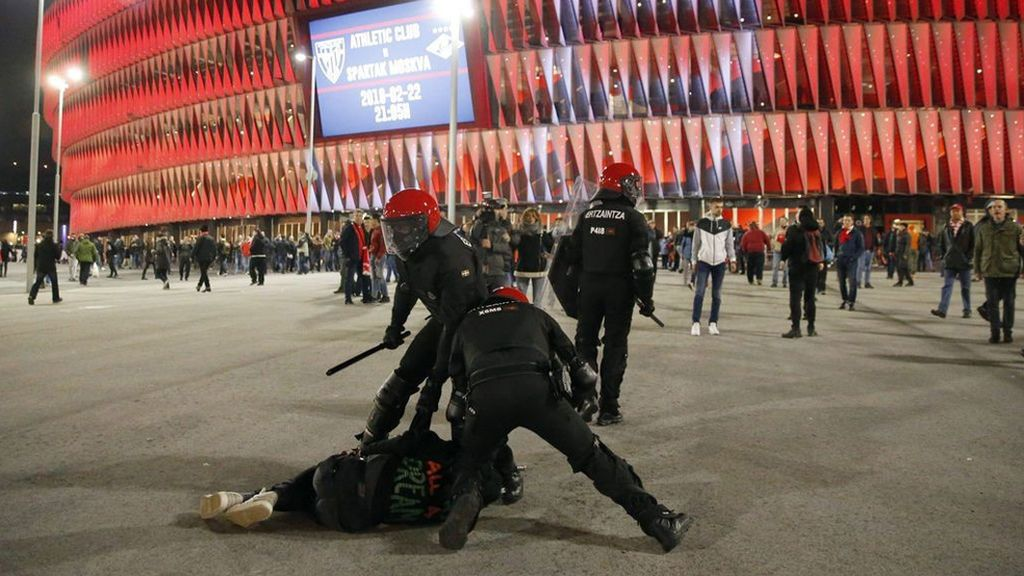 El Gobierno pedirá a la UEFA medidas contra los aficionados violentos