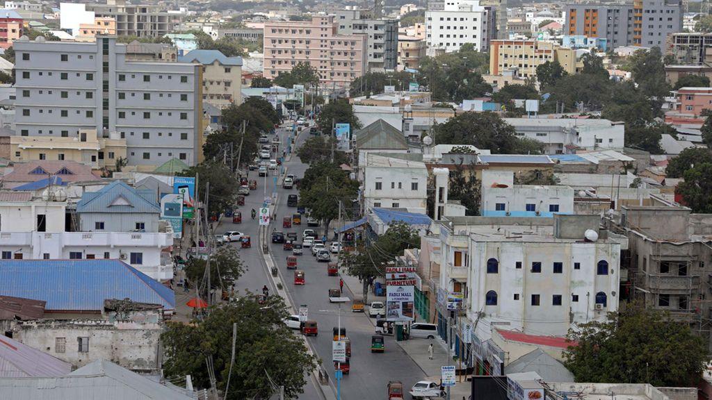 Atentado con coche bomba cerca del palacio presidencial en Mogadiscio, Somalia