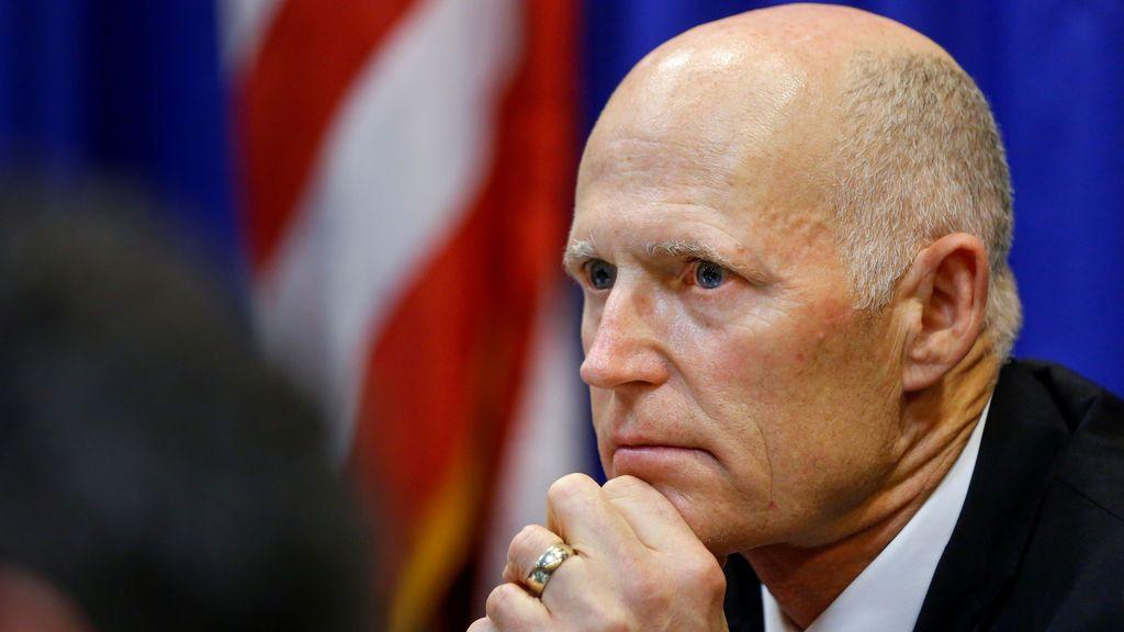 El gobernador de Florida aboga por aumentar a 21 la edad mínima para comprar armas