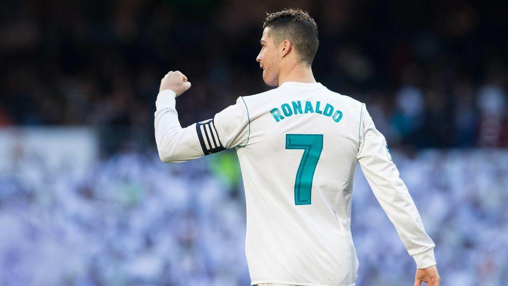 Cristiano Ronaldo alcanza los 300 goles en Liga en 41 partidos menos que Messi