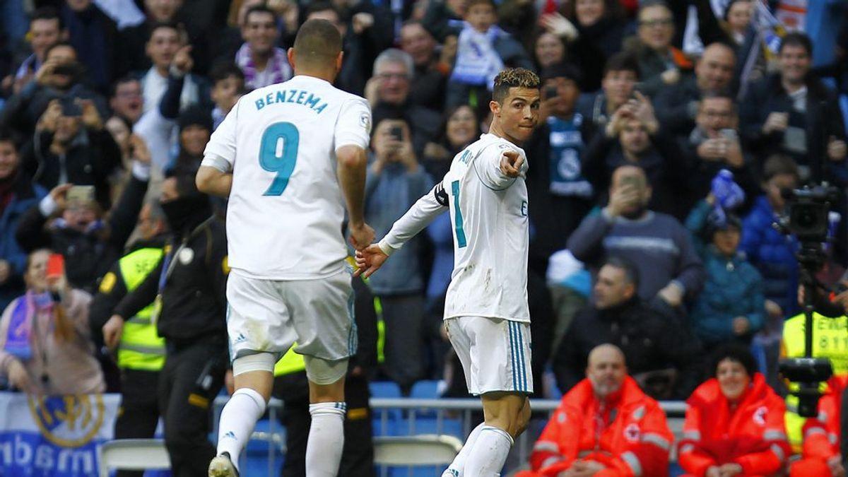 Cristiano y sus dos bonitos gestos con Benzema para protegerle de las críticas