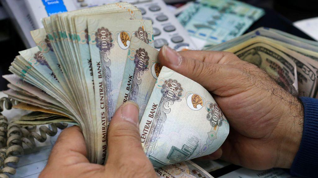 Una mujer roba en Abu Dhabi más de un millón de euros para impresionar a su amante