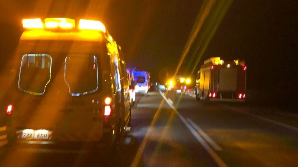 Un choque frontal provoca una fallecida y siete heridos en La Albuera (Badajoz)