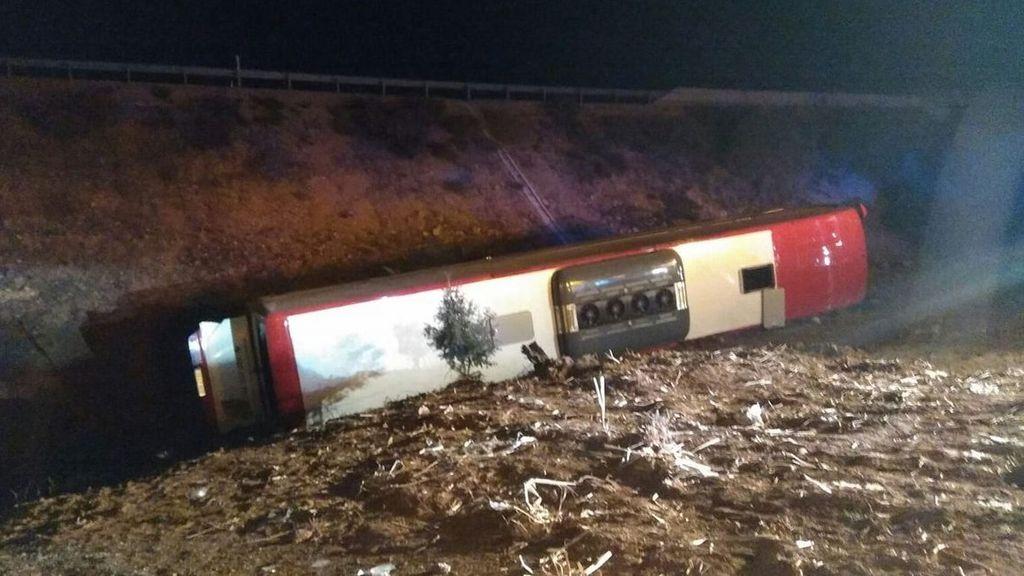 El vuelco de un autobús en Lerma (Burgos) deja 21 heridos, uno de ellos grave
