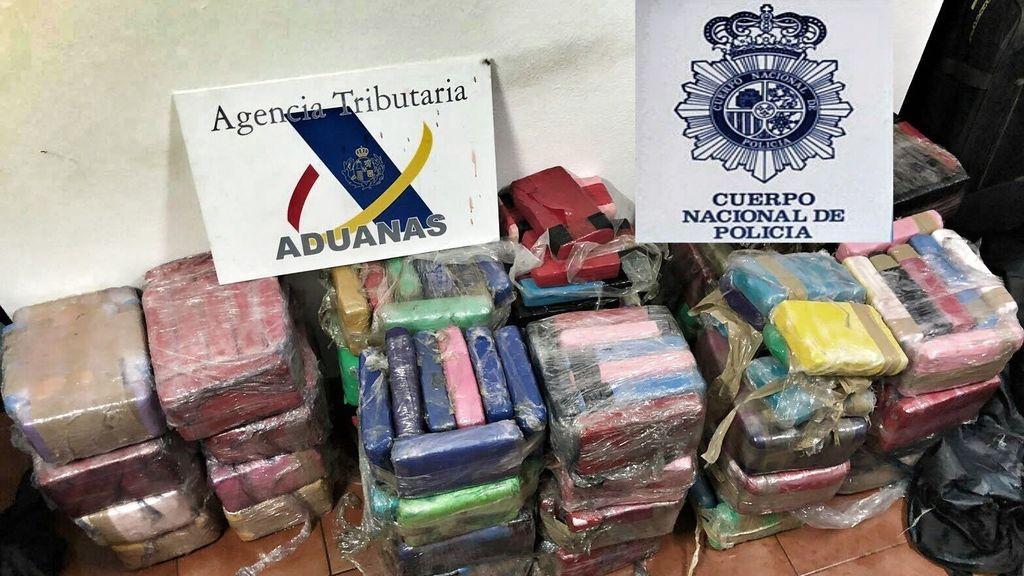 Aprehendidos 380 kilos de cocaína ocultos en un buque en el puerto de Algeciras
