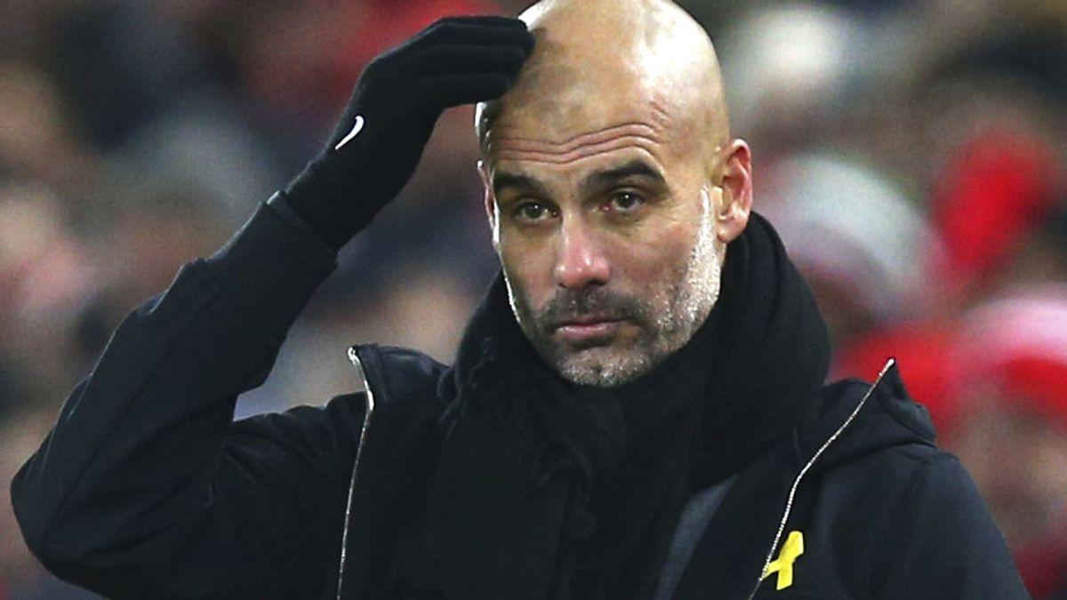 """El tremendo 'zasca' a Guardiola por su 'lazo amarillo': """"¿Cómo concilia trabajar para el jeque de los Emiratos Árabe y hablar de libertad?"""""""